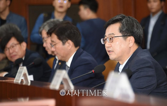 정부, '현장밀착형' 규제혁신 방안 발표…31건 해결방안 마련