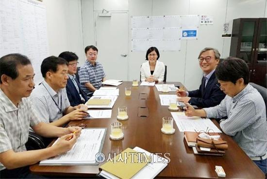 """동물시민단체 """"부산 구포개시장 폐업 합의를 환영한다"""""""