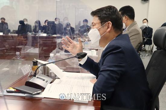 """김수흥 의원 """"전북 낙후는 정치권과 행정의 책임"""""""