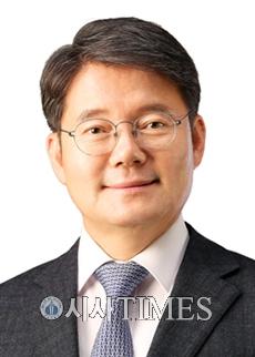 """김수흥 의원 """"천안·아산역-익산역 구간 KTX 직선화해야!"""""""